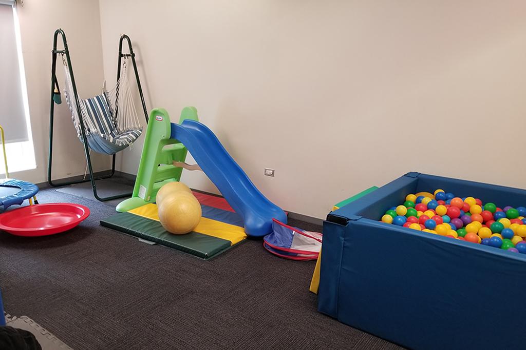 photo of educare chicago sensory room equipment